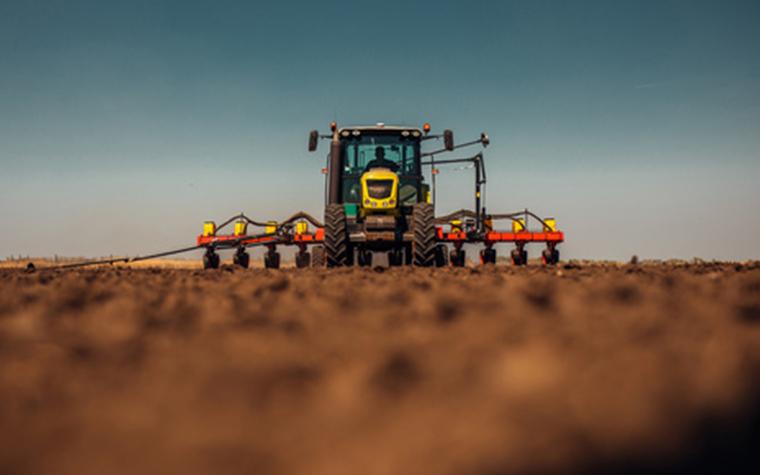 世界中の学者が研究しているのに、99%以上が解明されていない「土」の神秘